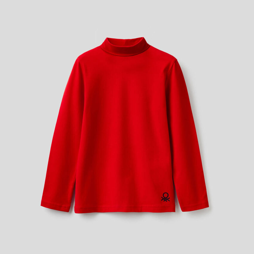Long sleeve t-shirt with turtle neck