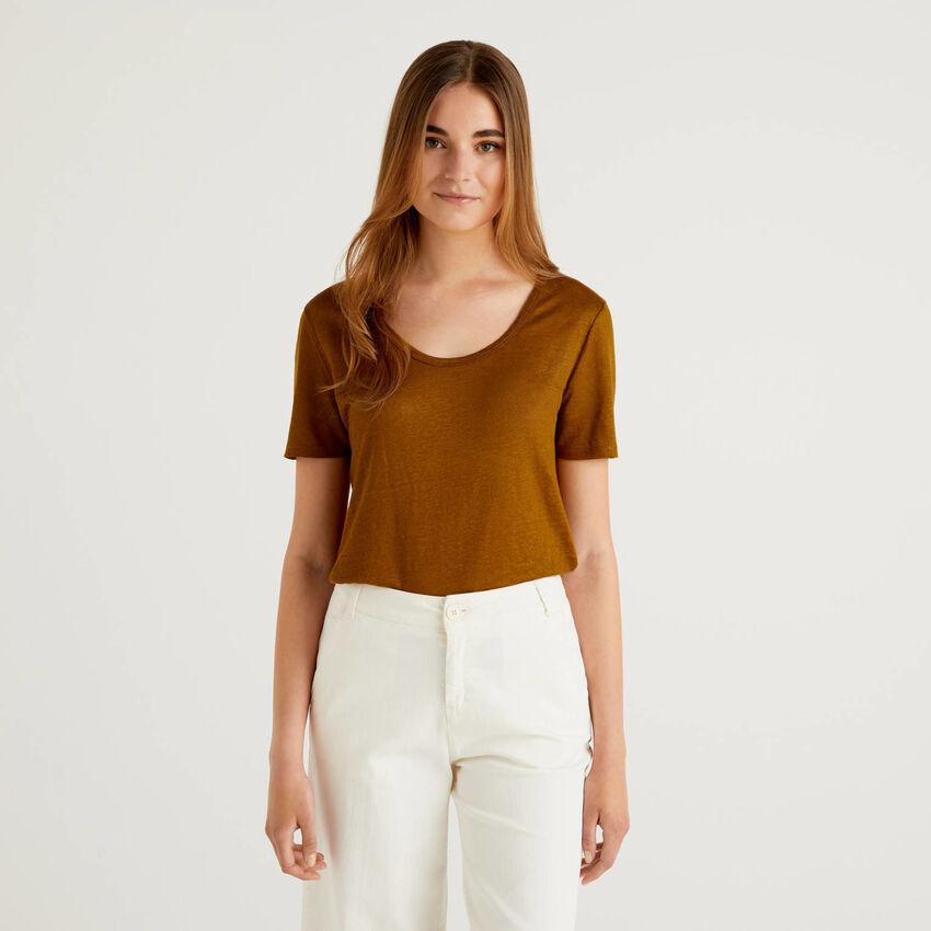 Crew neck t-shirt in pure linen