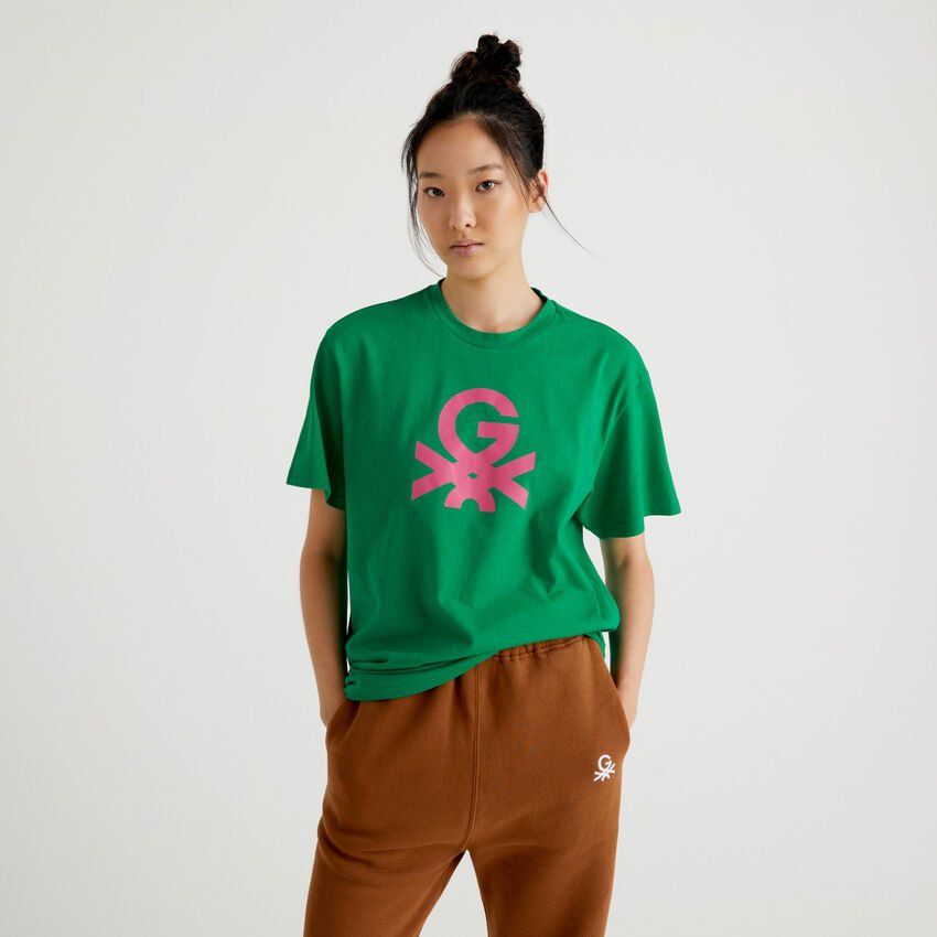 Green unisex t-shirt with logo by Ghali