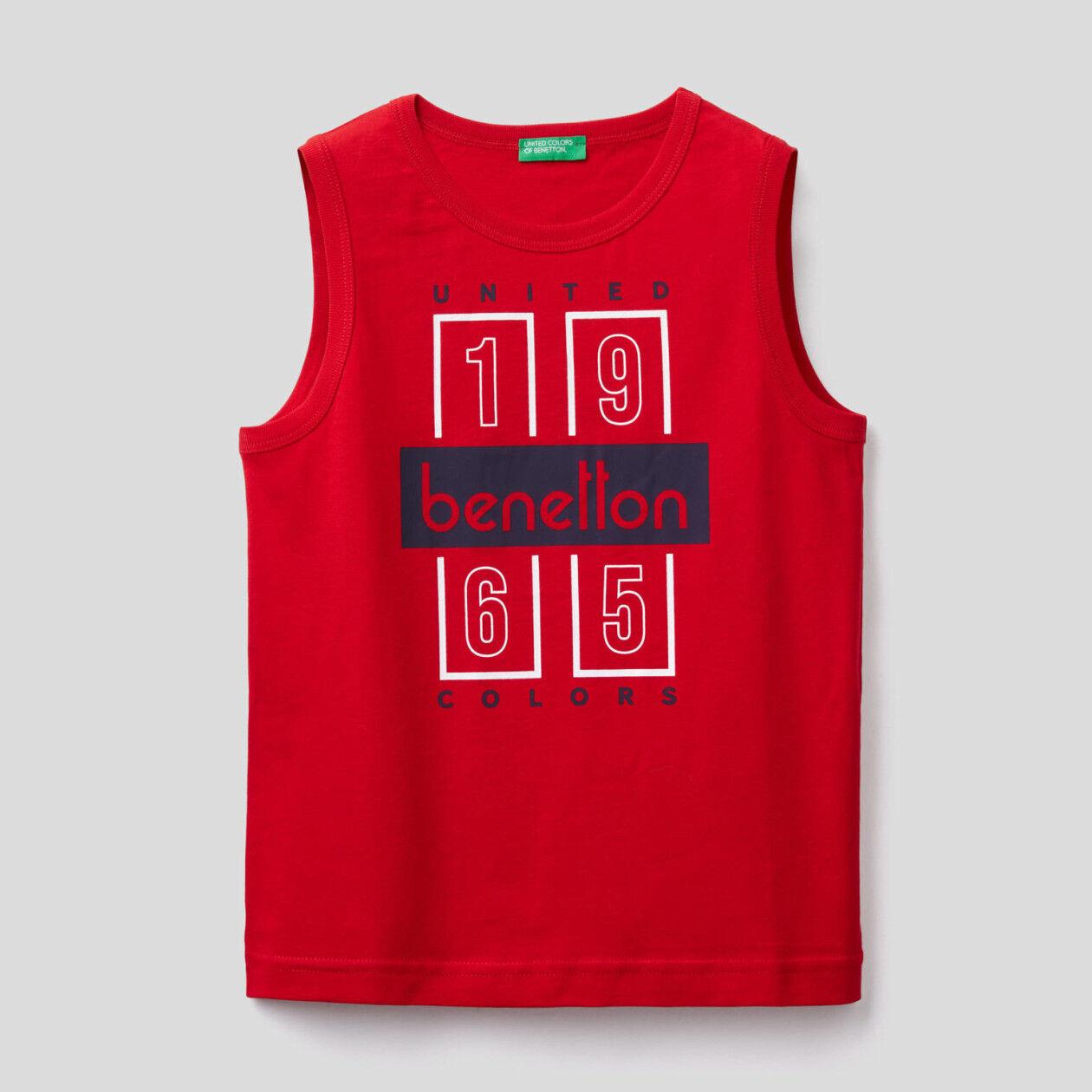 Sleeveless t-shirt with logo print