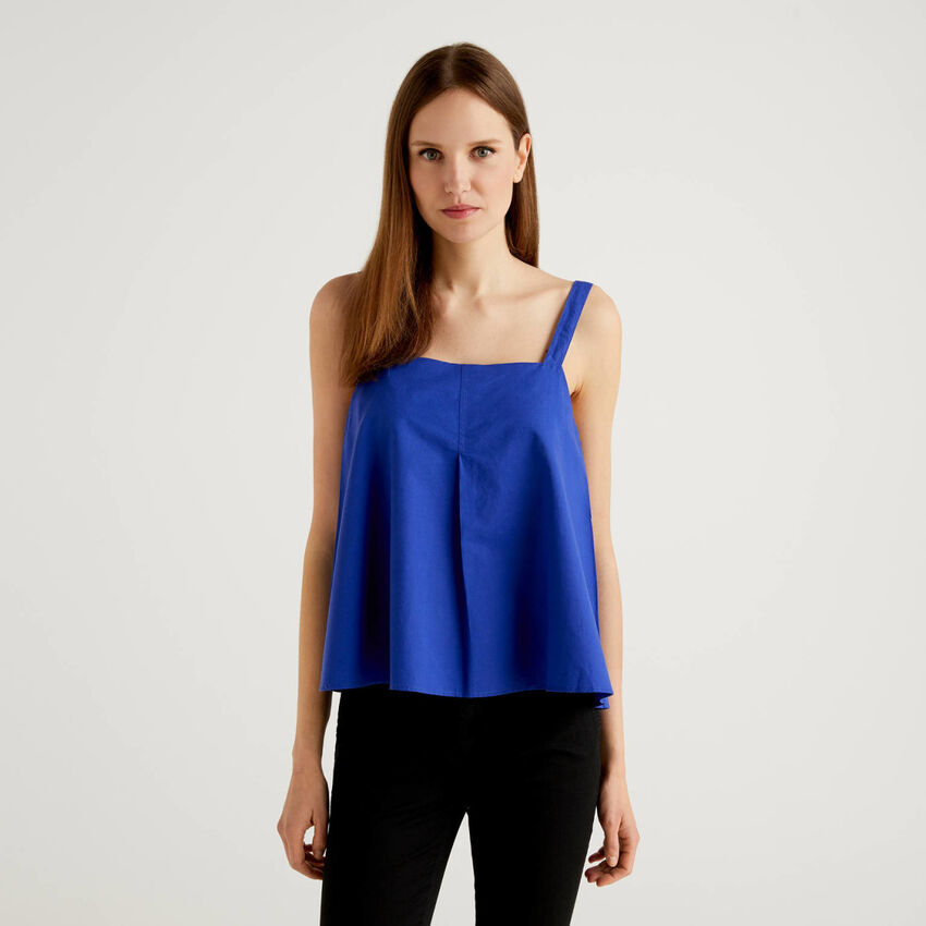 Flared top with shoulder straps in linen blend