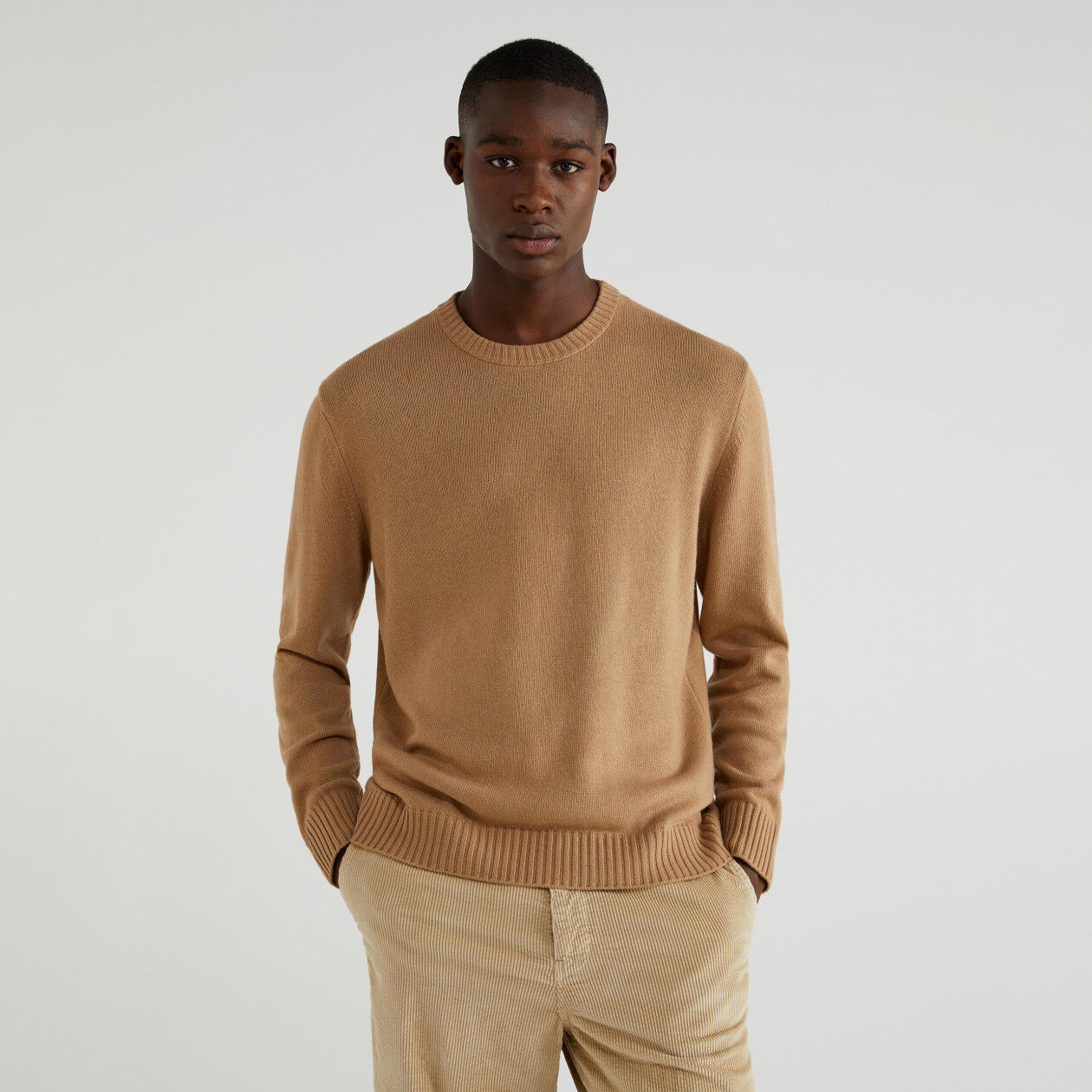 Cashmere blend crew neck sweater